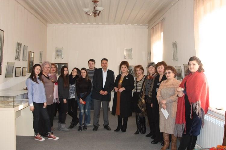 Բարրի-ն այցելեց Ավետիք Իսահակյանի Տուն-Թանգարանը Գյումրիում